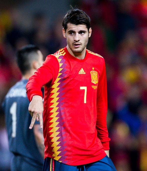 スペイン代表 2018 ホーム ユニフォーム