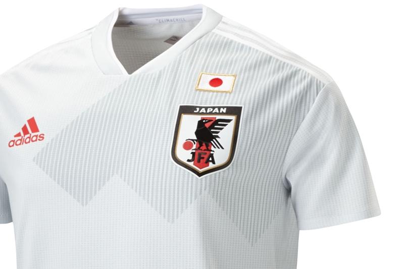 日本代表 新アウェイユニフォーム