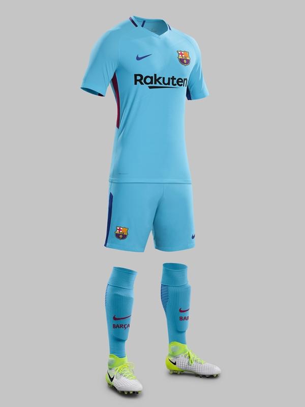 バルセロナ 2017-18新ユニフォーム