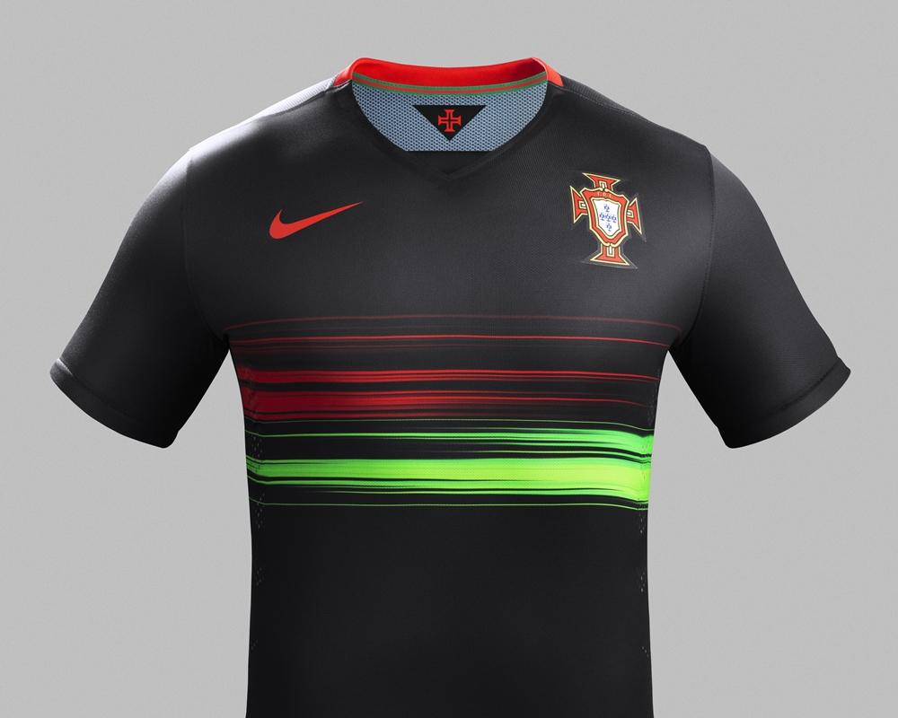 portugal-2015-16-nike-away