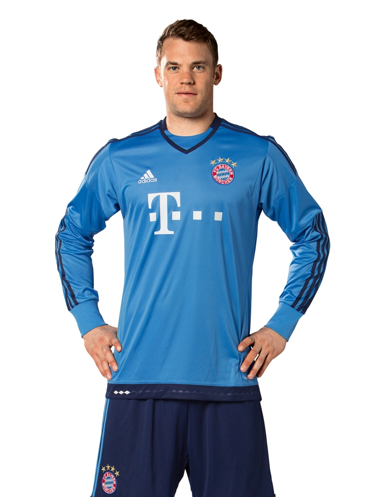 bayern-munchen-2015-16-adidas-goalkeeper-home-kit