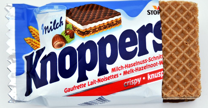 『Knoppers(クノッパーズ)』というお菓子