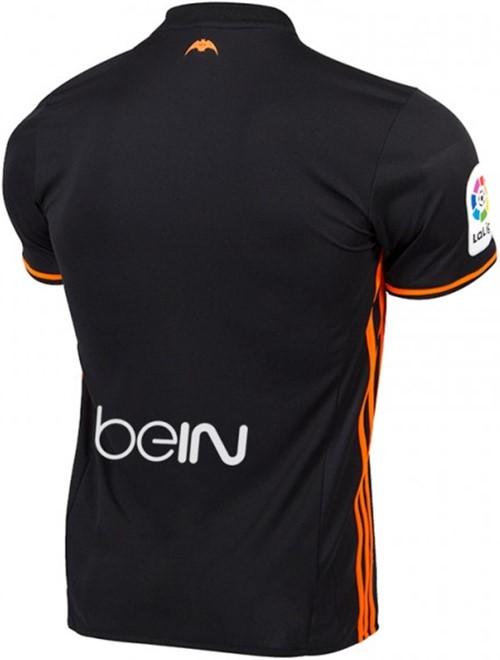バレンシア新ユニフォーム