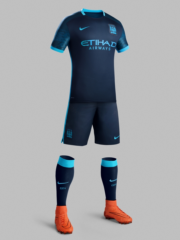 manchester-city-2015-16-nike-away-kit