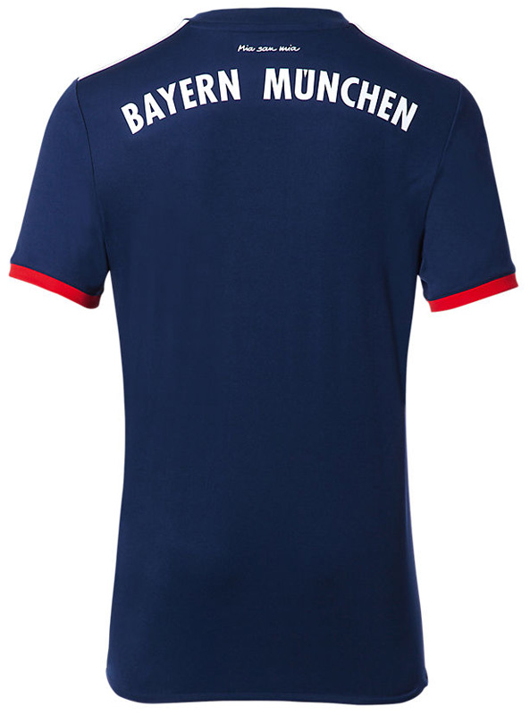 バイエルン 2017-18 新ユニフォーム
