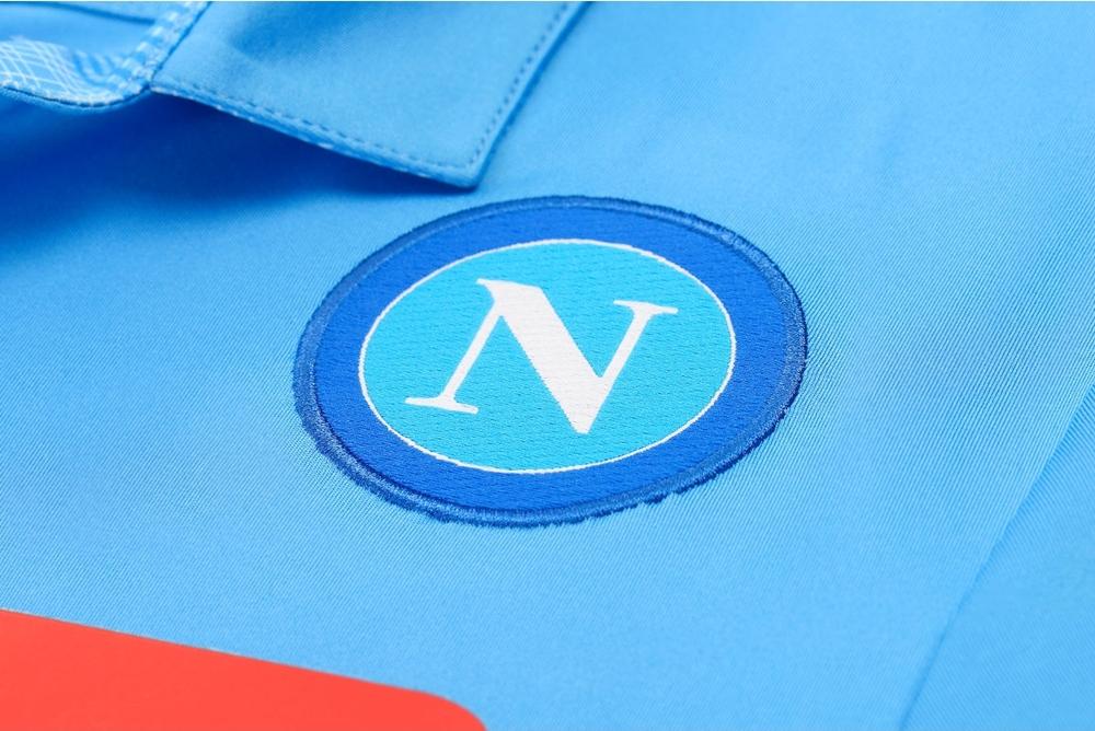 napoli-2014-15-macron-home