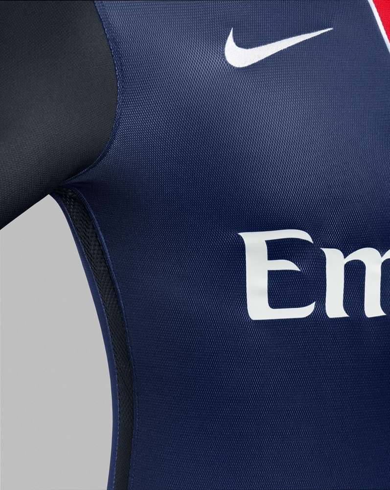 paris-saint-germain-2015-16-nike-home-kit