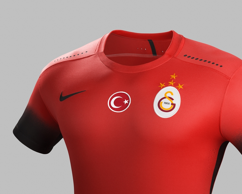galatasaray-2015-16-nike-third-kit