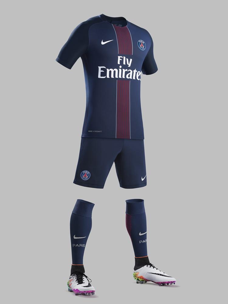 PSG新ユニフォーム