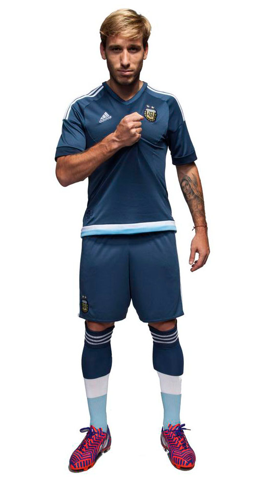 argentina-2015-16-adidas-away